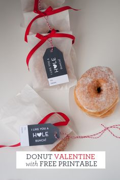 Valentine Idea. Donut Valentine. I like You a HOLE Bunch Valentine and FREE Printable Valentines. 20 Frugal DIY Kids Valentines on Frugal Coupon Living.