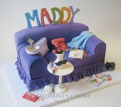 20 of the Best Sofa Cake Ideas You Will Ever See | happy birthday pre-teen |