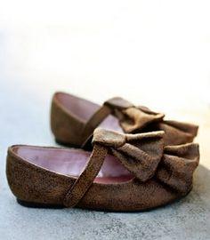 Truffle ruffle girls' shoes