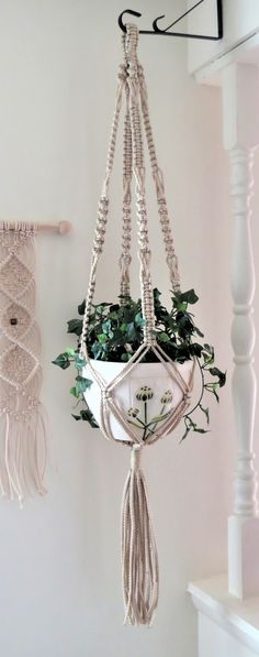 Plant Hanger - Modern Macrame Plant Hanger - large hanging planter - Macrame pot holder - Plant Hanger Macrame - Simple Plant Hanger So pretty! Need to hang one of these in the house.So pretty! Need to hang one of these in the house. Macrame Hanging Planter, Macrame Plant Holder, Hanging Planters, Plant Holders, Crochet Plant Hanger, Modern Macrame, Macrame Owl, Fleurs Diy, Diy Crafts To Do