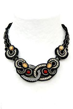 necklaces : Marabou