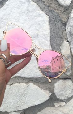 9c7e6add4 Indecent Cateye Sunnies - Rose Gold + Gold Frame. Moda, Óculos De Sol  Espelhados