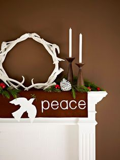 Meaningful mantel - 50 Easy Holiday Decorating Ideas