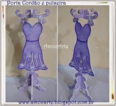 Porta cordão e pulseira com detalhe em relevo - mdf madeira http://www.amocarte.blogspot.com.br/