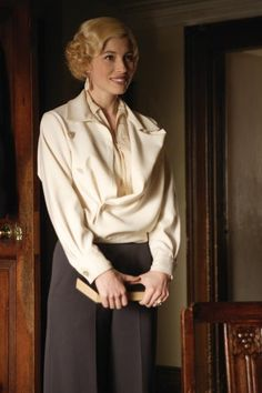 Fabulous fashion sported by Jessica Biel in Easy Virtue set in the 1920's!