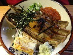 Yum yum 鰻魚海鮮丼