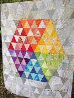 crazy mom quilts: in the middle quilt this would look awesome in Emma Jean… Scrappy Quilts, Mini Quilts, Baby Quilts, Strip Quilts, Triangles, Hexagon Quilt, Triangle Quilts, Rainbow Quilt, American Quilt