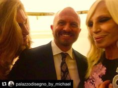 Versace Event. A moment with Donatella. Elegant and personable a beautiful woman. Thank you for your time.  Versace opened their new flagship store in Hong Hong.  Donatella showcased Versaces punk-themed fall/winter 2017 collection that was closed by international model Marjan Jonkman. This was an amazing runway event invitation. #palazzodisegno #versace #donatellaversace #hongkong #shawstudios #fashion #runway #atelier #punk #frontrow #event #party #livingthedream #versacehome… Winter 2017, Fall Winter, Versace Home, Donatella Versace, Front Row, Invitation, Runway, Beautiful Women, Punk