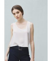 The online store for international brands in India Mango Store, Mango Online, Mango Clothing, Flowy Tops, Online Shopping Stores, International Brands, Basic Tank Top, Fashion Outfits, Tank Tops