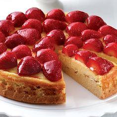Recipes, Dinner Ideas, Healthy Recipes & Food Guide: Strawberry Almond Cream Shortcake