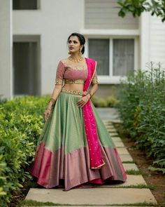 Lehenga Designs, Lehenga Saree Design, Half Saree Designs, Choli Designs, Party Wear Indian Dresses, Indian Gowns Dresses, Indian Fashion Dresses, Indian Wedding Outfits, Indian Outfits