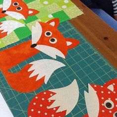 fox quilt – The Red Boot Quilt Co. Applique Templates, Applique Patterns, Applique Quilts, Embroidery Applique, Quilt Patterns, Machine Embroidery, Owl Templates, Applique Ideas, Quilt Baby