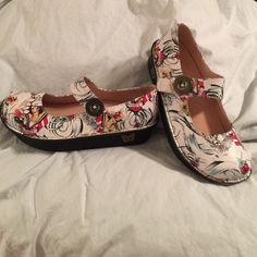 Alegria Tattoo Print Mary Janes. Nursing shoes. Alegria Tattoo Print Mary Janes. Print resembles sailor pattern.  Size 38 which is an 8. Brand new, Never worn. Alegria Shoes
