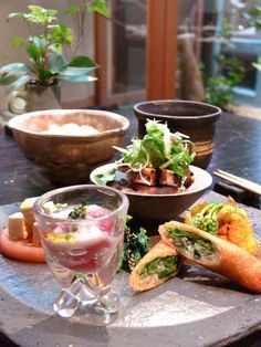 o・mo・ya【公式HP】 omo cafeの創作ごはん | 京都 町家 カフェ レストラン 錦市場 Cafe Menu, Cafe Food, Japanese Dishes, Japanese Food, Food Therapy, Just Eat It, Cooking Tools, Food Plating, No Cook Meals