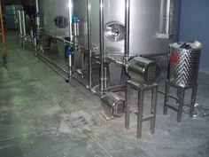 Automatización de trasiego mediante tubería fija de acero inoxidable