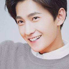 这个SMILE宝宝是WHO ξ ェ ξ #杨洋 #杨洋icon #yangyang #smile