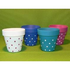 Risultati immagini per manjula macetas Clay Flower Pots, Mosaic Flower Pots, Flower Pot Crafts, Clay Pot Crafts, Flower Vases, Painted Clay Pots, Painted Rocks Craft, Painted Flower Pots, Ceramic Pots