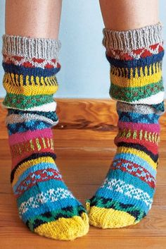 Socks can be fun. / An entry from le petit trianon. Knitting Socks, Hand Knitting, Knit Socks, Vetements Shoes, Funky Socks, Colorful Socks, Cozy Socks, Sock Shoes, Leg Warmers