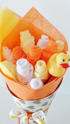 Baby Washcloth Bouquet Gender Neutral Baby Gift Washcloth Flowers Baby Shower Gift Rubber Ducky Baby Shower Rubber Ducky Gift - Washcloth - Ideas of Washcloth - Baby Washcloth Bouquet Gender Neutral Baby by LilLoveBugsCreations Baby Shower Cakes Neutral, Baby Shower Decorations Neutral, Baby Shower Flowers, Baby Shower Cupcakes, Baby Shower Centerpieces, Baby Shower Parties, Baby Shower Gifts, Shower Party, Birthday Cupcakes