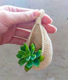 Crochet Gratis, Crochet Art, Love Crochet, Crochet Flowers, Crochet Stitches, Crochet Circle Pattern, Crochet Circles, Hanging Baskets, Knit Patterns