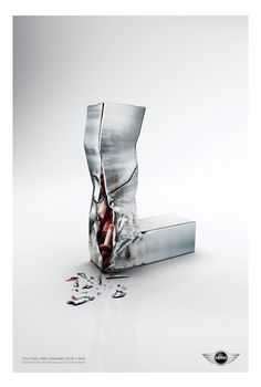 Mini Cooper: Injured Text Clever Advertising, Print Advertising, Advertising Campaign, Print Ads, Funny Commercials, Funny Ads, Luhan, Dont Text And Drive, Ad Of The World