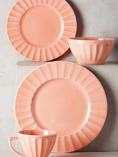 Lovely Peach Home Kitchen Set! Coral Kitchen, Peach Kitchen, Kitchen Decor, Kitchen Dining, Kitchen Cabinets, Dining Room, Dinner Plate Sets, Dinner Plates, Dessert Plates