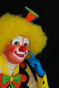 Payasos Profesionales Clown Hat, Scary Clown Mask, Clown Faces, Circus Clown, Evil Clowns, Scary Clowns, Clown Makeup, Halloween Makeup, Auguste Clown