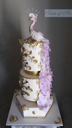 Peacock wedding cake by Othonas Chadgidakis (SweetsofArt)