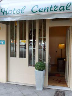 Front door. Entrada. #Hotel Central #Gijon #Asturias #Spain www.hotelcentralasturias.com