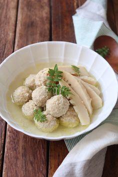 鶏つくねと筍の白だしさっと煮。 by 栁川かおり 「写真がきれい」×「つくりやすい」×「美味しい」お料理と出会えるレシピサイト「Nadia | ナディア」プロの料理を無料で検索。実用的な節約簡単レシピからおもてなしレシピまで。有名レシピブロガーの料理動画も満載!お気に入りのレシピが保存できるSNS。