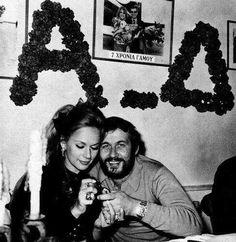 Αλίκη Βουγιουκλάκη και Δημήτρης Παπαμιχαήλ Greek Beauty, Old School, Actors & Actresses, Che Guevara, Stars, Couples, Celebrities, Love, Celebs
