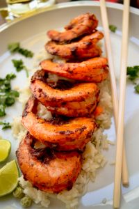 Camarones al Pastor - Travel Couple Fish Recipes, Seafood Recipes, Mexican Food Recipes, Cooking Recipes, Healthy Recipes, I Love Food, Good Food, Yummy Food, Seafood Dishes