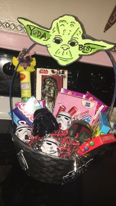 Fun ideas for easter baskets without candy sponsored by star wars diy starwars easter basket star wars easter yoda negle Images