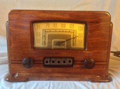 Airline Model 14BR 530A Tube Radio | eBay