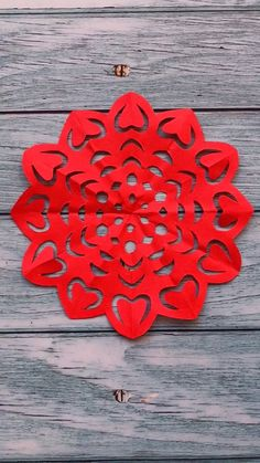 16 Creative and Easy Paper Cutting Flower Patterns Paper Crafts Origami, Paper Crafts For Kids, Diy Arts And Crafts, Crafts To Do, Creative Crafts, Butterfly Crafts, Flower Crafts, Kindergarten Art Projects, Paper Flowers Craft
