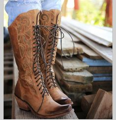 Umm... The only thing better than cowboy boots is obviously lace up cowboy boots!!!