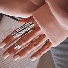 """3,194 """"Μου αρέσει!"""", 277 σχόλια - M A R G A R I T A (@ritamargari) στο Instagram: """"GIVEAWAY TIME!!! ❤️ This amazing silver rings by @elegant_handmade will be yours next Friday! The…"""""""
