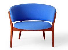 Scandinavian round chair