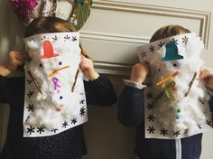 Retrouvez nos bonhommes de neige dans tous ses états sur le blog. #activitemanuelle#bricolagedhiver#lesloulous#bonhommedeneigeencoton#lesptitspetons#assistantematernelle