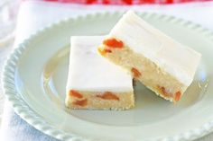 This no-bake coconut apricot slice is the perfect pick-me-up for a work lunch-box.