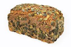 Das flaumige Kürbiskernbrot gelingt mit diesem Rezept garantiert. Ein köstliches Brot, das frisch besonders gut schmeckt. Savoury Baking, Bread And Pastries, Low Carb Keto, Meatloaf, Superfood, Bread Recipes, Banana Bread, Paleo, Rolls