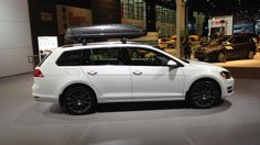 2015 Volkswagen Golf SportWagen - goes on sale in 4/2015