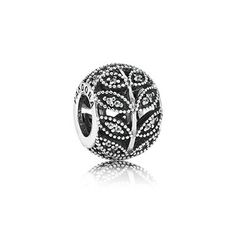 PANDORA Sparkling Leaves charm in sterling silver with openwork leaves set with 60 micro-bead set cubic zirconia and mil-grain detailing. Charms Pandora, New Pandora, Pandora Beads, Pandora Bracelets, Pandora Jewelry, Pandora Outlet, Diy Jewelry, Jewelry Accessories, Pandora Charms