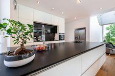 HAUS IN HIMBERG | AL Architekt Kitchen Island, Home Decor, New Construction, Detached House, Eten, Island Kitchen, Decoration Home, Room Decor, Interior Decorating