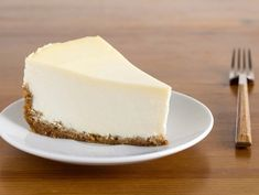 Cream cheese is a favorite for many different foods -- whether it be as a spread on bagels with lox, a foundation of sweet cheesecake or added to dishes such as macaroni 'n' cheese for an extra creamy consistency. Healthy Cheesecake, How To Make Cheesecake, Best Cheesecake, Cheesecake Recipes, Homemade Cheesecake, Classic Cheesecake, Brownie Recipes, Home Made Cream Cheese, Make Cream Cheese