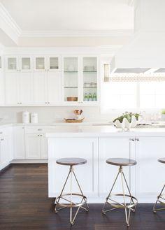 White kitchen with herringbone backsplash / Studio McGee / Food styling / Food photography inspiration Home Kitchens, Kitchen Remodel, Kitchen Design, White Kitchen Design, Kitchen Room, Kitchen Cabinets Decor, Wood Floor Kitchen, Home Decor, Cabinet Decor