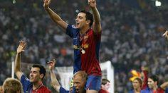 El centrocampista de Terrassa suma 23 títulos en su carrera como profesional -20 con el Barça y 3 con España- y supera a Paco Gento como el futbolista español que más trofeos ha logrado de todos los tiempos. Y eso que en sus siete primeros años como jugador del Barça, Xavi Hernández no pudo levantar más que dos títulos.    Xavi Hernández ya es el jugador de la historia del fútbol español con más títulos en