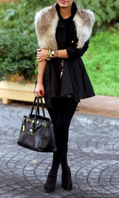 Fall fashion all black with fur | Just a Pretty Style
