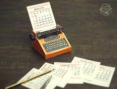 Sky Goodies Calendriers 2014 : Fabriquer une Machine à Ecrire en Papier (DIY)