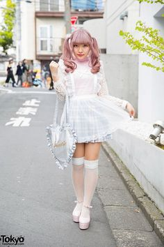 Lilac Twin Tails, KOKOkim Sheer Apron, Katie Heart Bag & Bubbles in Harajuku (Tokyo Fashion News) Japanese Street Fashion, Tokyo Fashion, Harajuku Fashion, Kawaii Fashion, Lolita Fashion, Cute Fashion, Fashion News, Fashion 2015, Fashion Styles